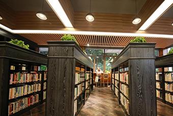 重庆大学一新图书馆开馆 高颜值尽显文艺范