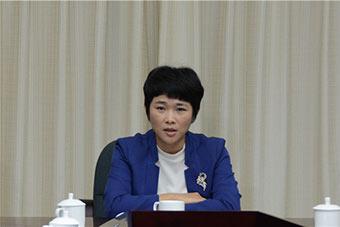 何瓊妹:打造海南東部中心城市要緊抓産業