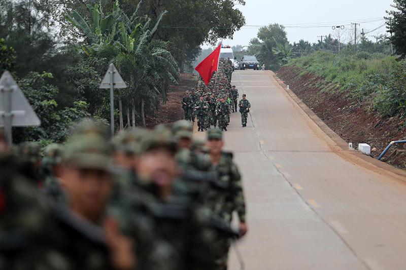 武警海南省總隊吹響實戰化野營拉練號角