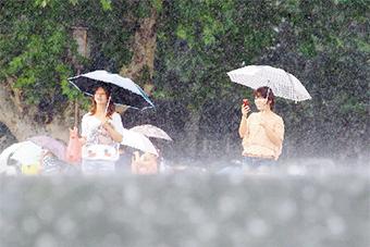 14日海南全島有陣雨或雷陣雨 局地伴有強對流天氣