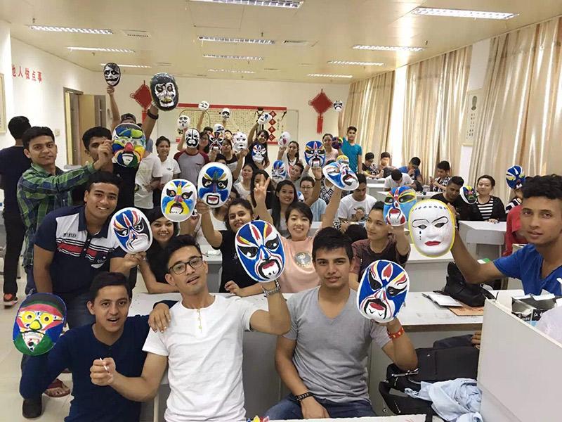 三亚航空旅游职业学院着力推进国际人文交流