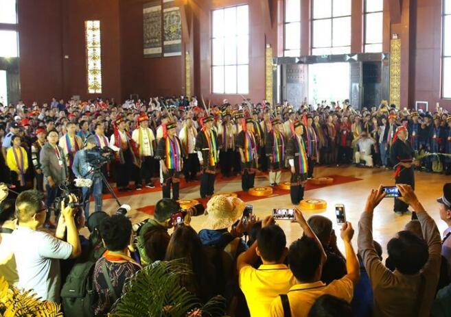 三月三海南黎族同胞舉行典禮緬懷先祖袍隆扣