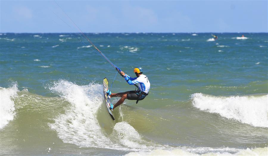 2018青奥会风筝冲浪资格赛第二轮赛况