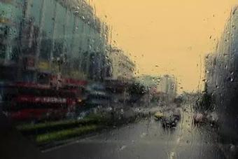 """未来三天 琼岛将迎雨水""""降火"""""""