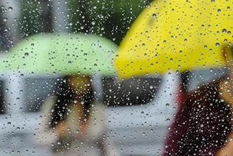23日和27日琼岛降水范围较大 其余时段晴热天气为主