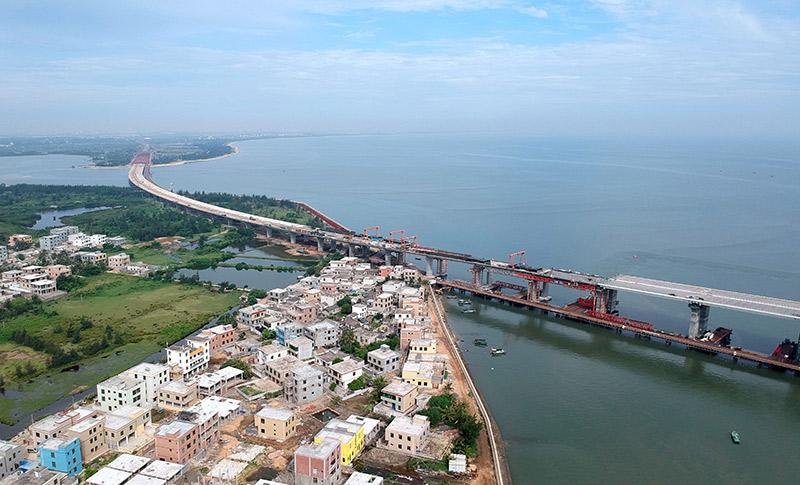 國內首座跨斷裂帶大橋預計年底建成通車