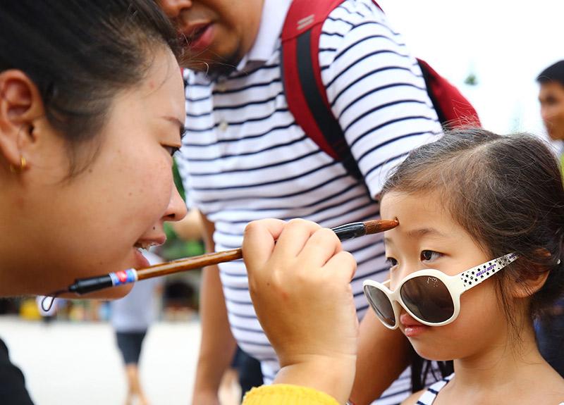 三亞南山景區端午假期迎客2.98萬人次
