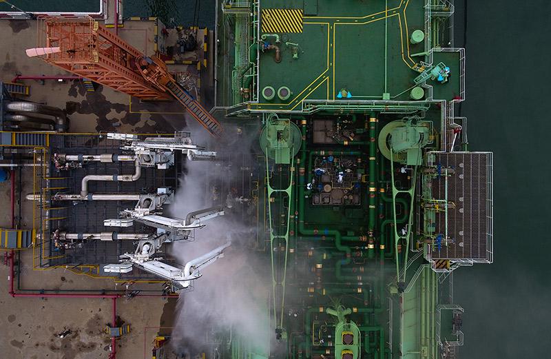 海口海事局成功组织辖区LNG船舶船岸应急联合演练