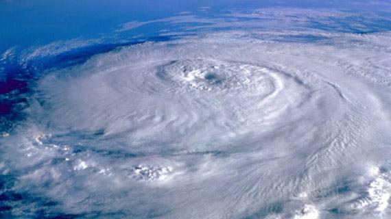 """台风""""贝碧嘉""""路径为何多变?"""