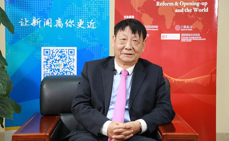曹遠徵:海南金融要圍繞重點産業進行創新發展