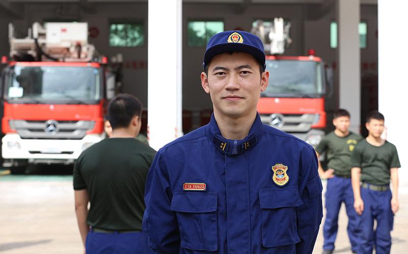 劉振:強化訓練 海南消防提升綜合實戰救援能力