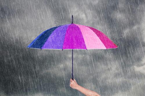本周全島大部地區有陣雨或雷陣雨