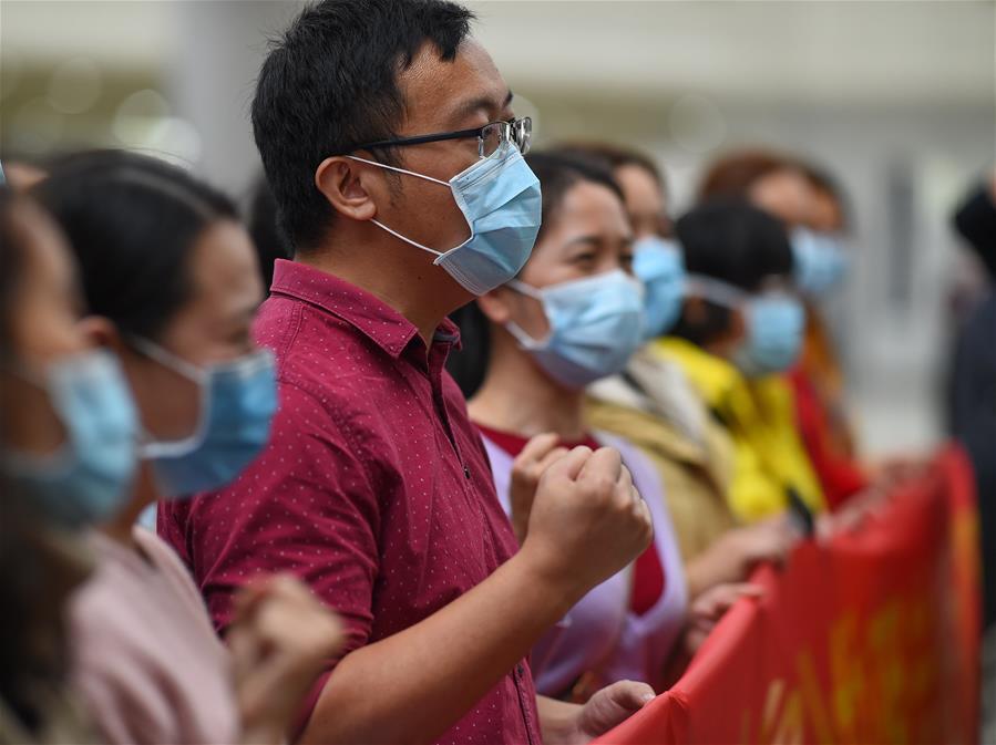 海南援助湖北護理專業醫療隊飛赴武漢