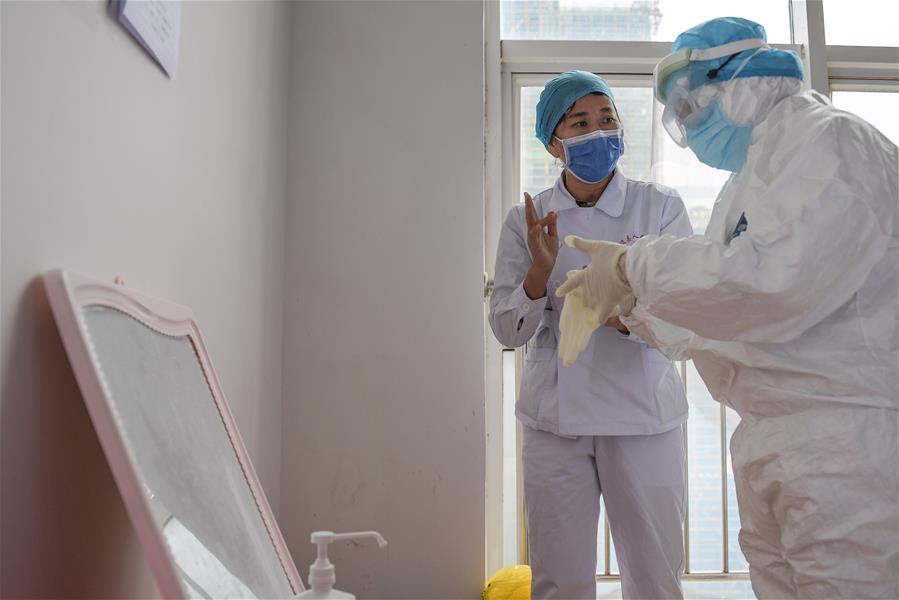 海南澄邁:醫護學習防護忙