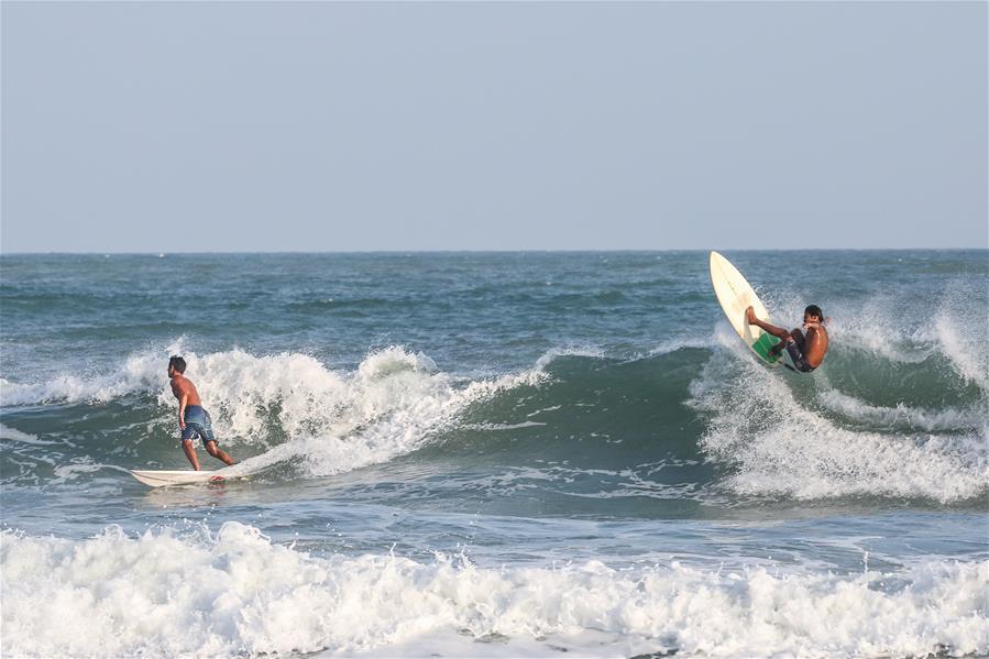 衝浪——國家衝浪隊在萬寧舉行開放日活動