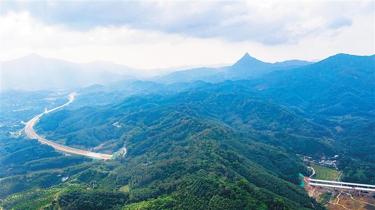 山海高速:穿山越嶺連山海
