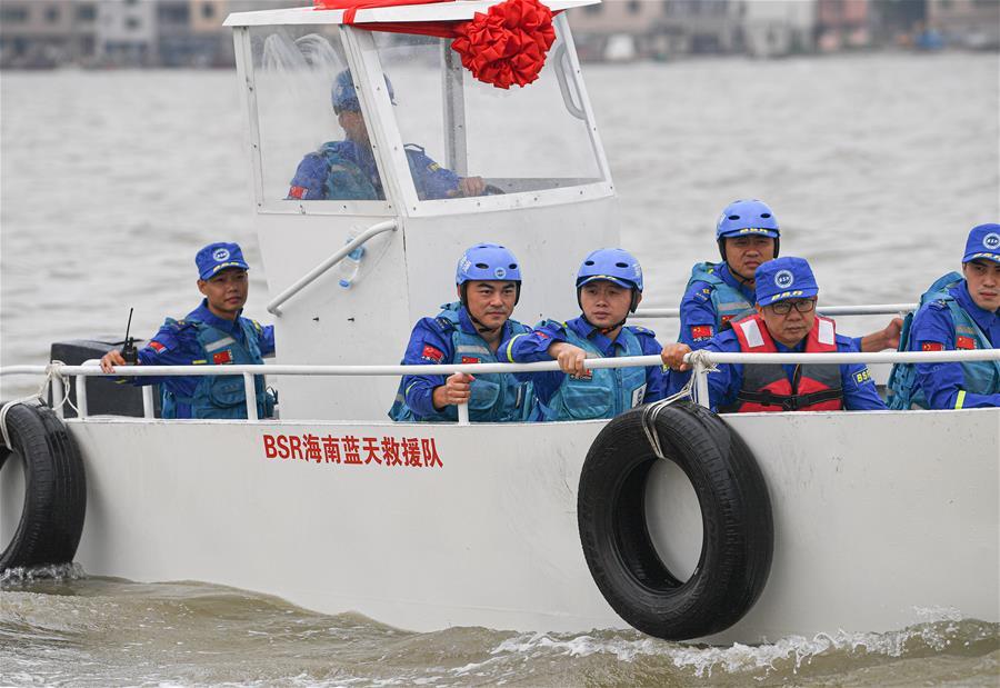 海南藍天救援隊成立海上搜救隊