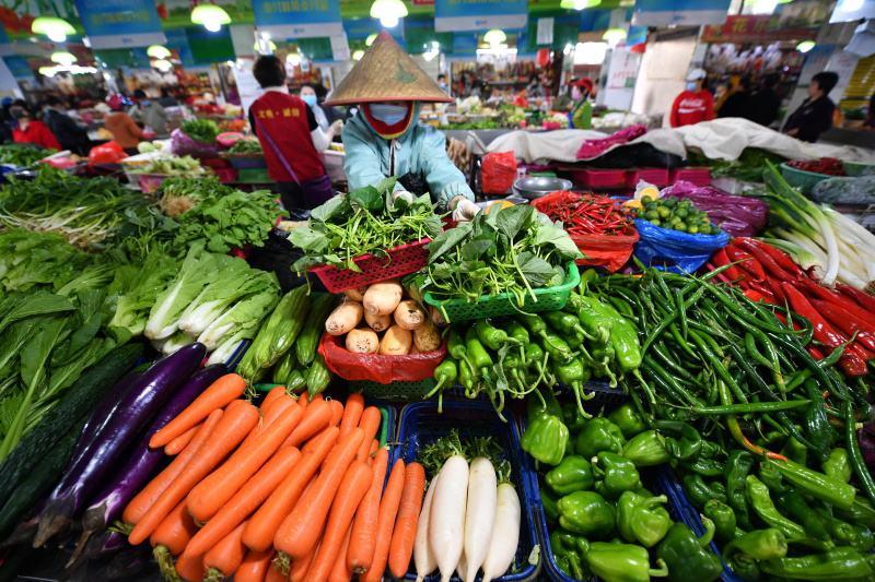 海口菜籃子集團: 儲備3100噸平價菜保供穩價